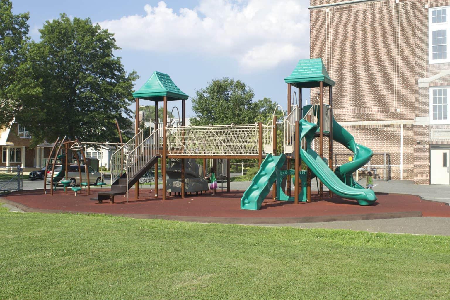 mountz-elementary-playground-spring-lake-nj_11653718195_o-1536x1024
