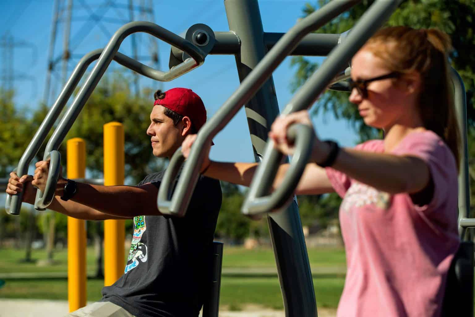 outdoor-fitness-equipment_49643267778_o-1536x1024