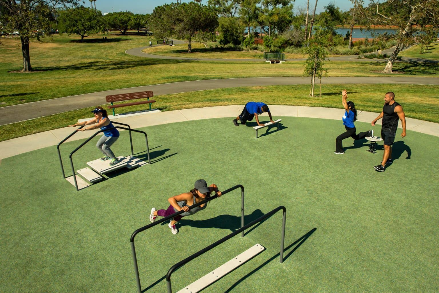 outdoor-fitness-equipment_49643791966_o-1536x1024