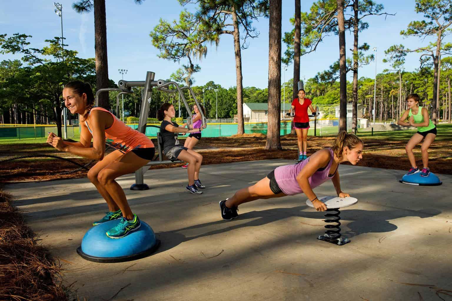 outdoor-fitness-equipment_49643793656_o-1536x1024