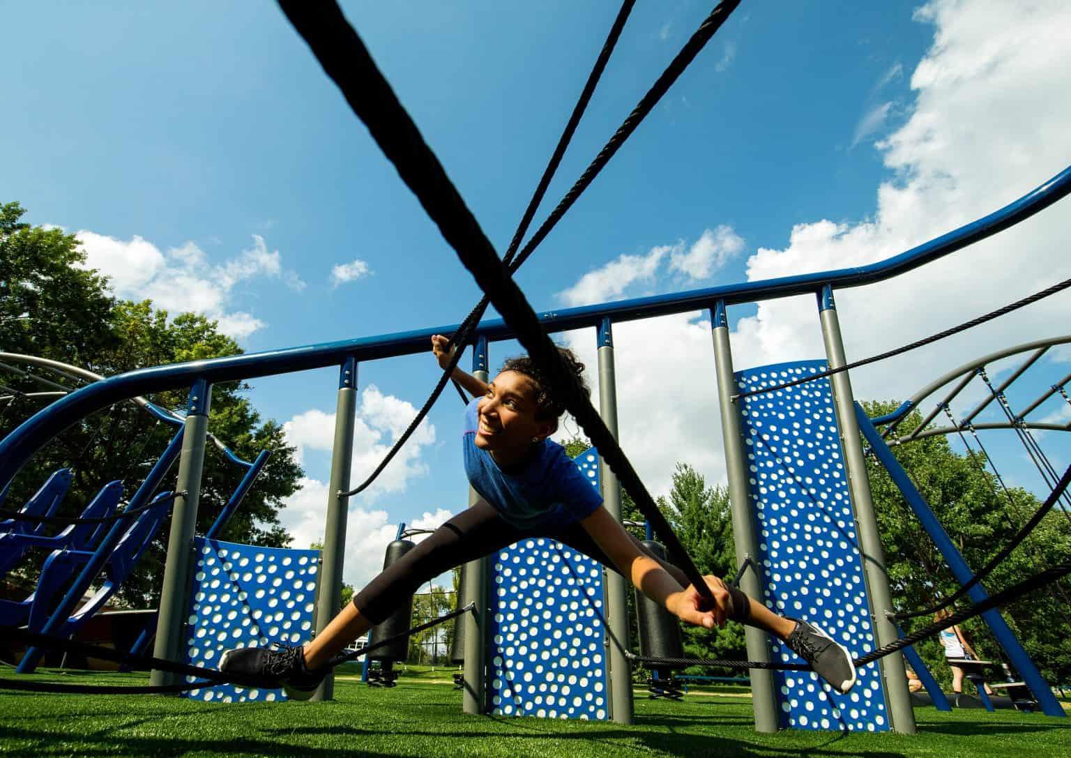 outdoor-fitness-equipment_49644089152_o-1536x1087