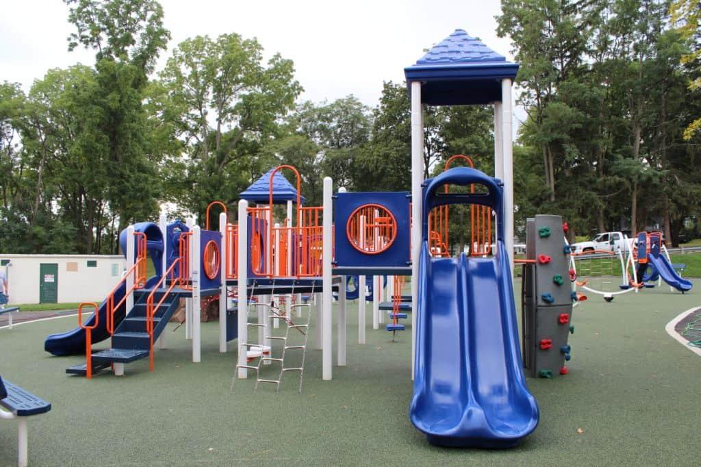 penn-yan-elementary-playground-penn-yan-ny_11711257965_o