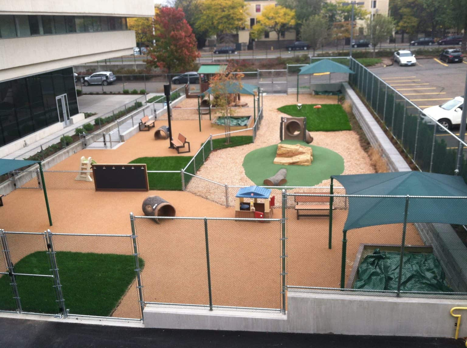 phyllis-bodel-daycare-playground-new-haven-ct_17504963984_o-1536x1147