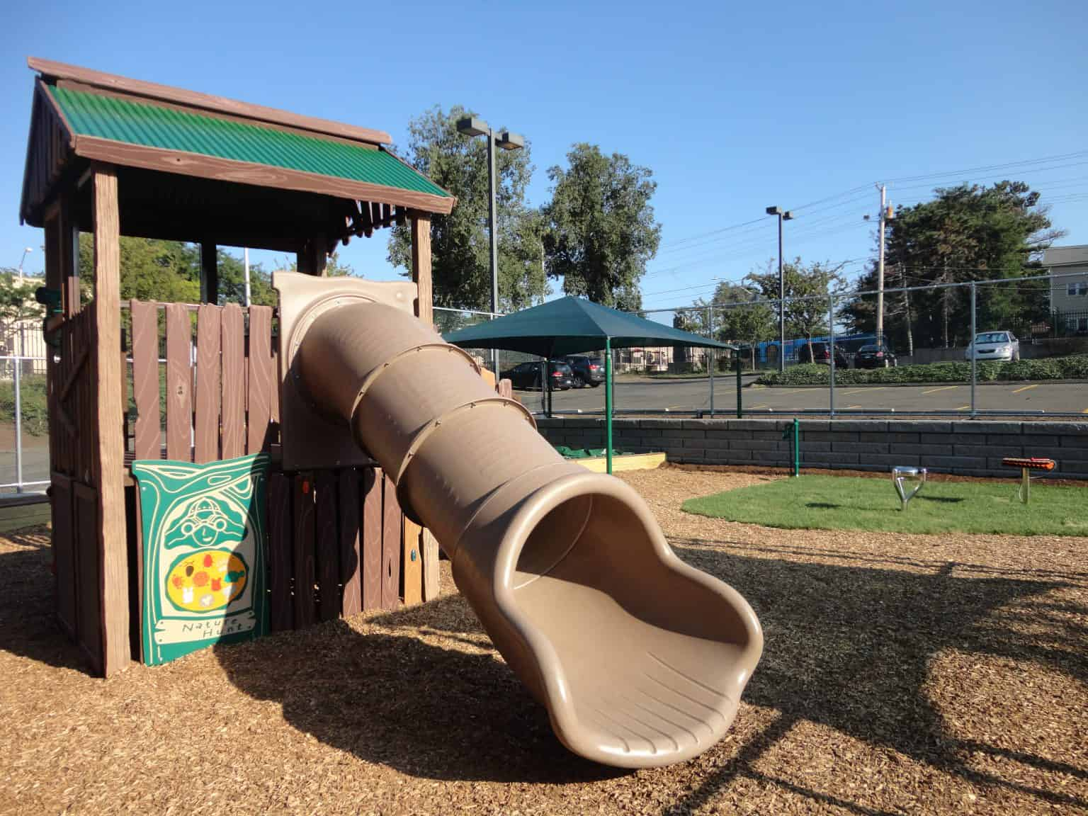 phyllis-bodel-daycare-playground-new-haven-ct_17941373489_o-1536x1152
