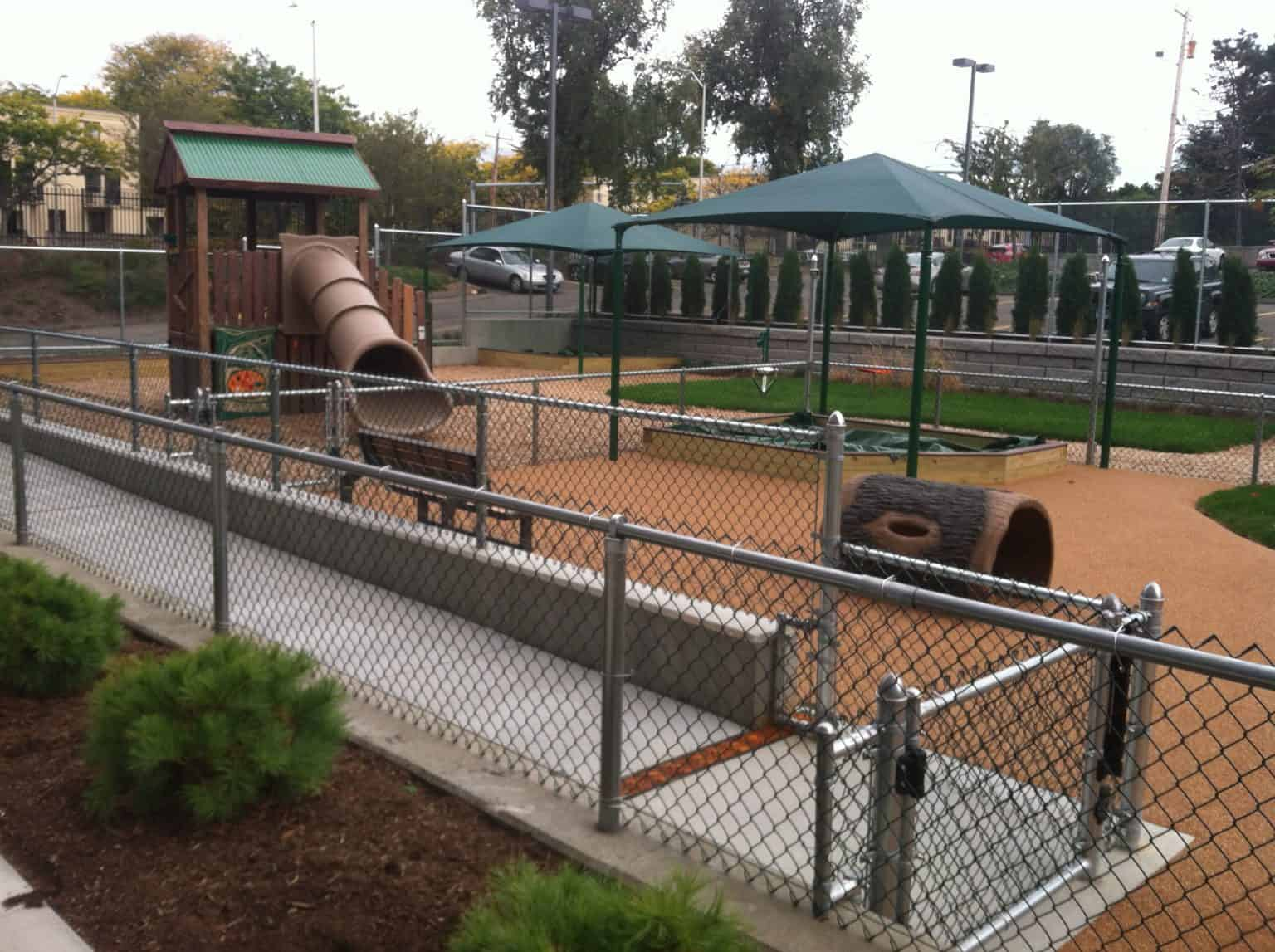 phyllis-bodel-daycare-playground-new-haven-ct_18124065212_o-1536x1147
