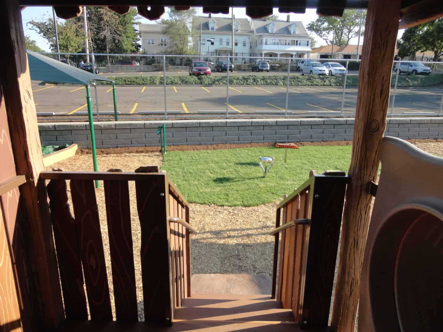 phyllis-bodel-daycare-playground-new-haven-ct_18127559575_o-1536x1152