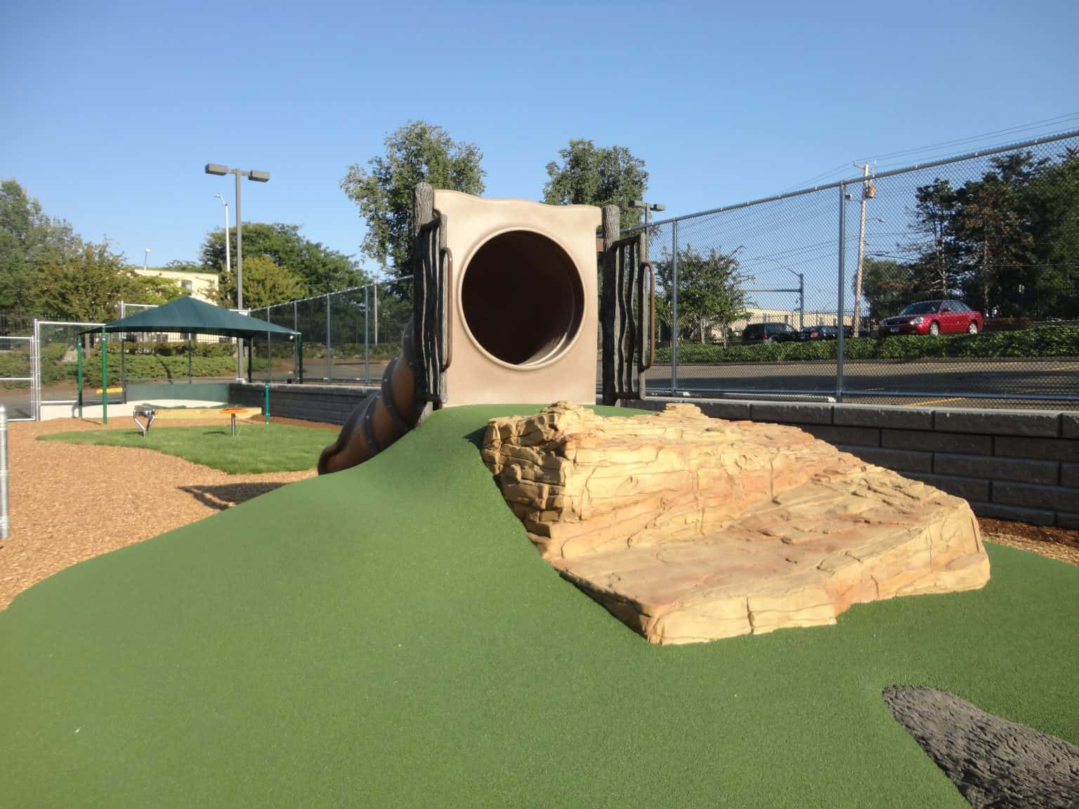 phyllis-bodel-daycare-playground-new-haven-ct_18128653781_o-1536x1152