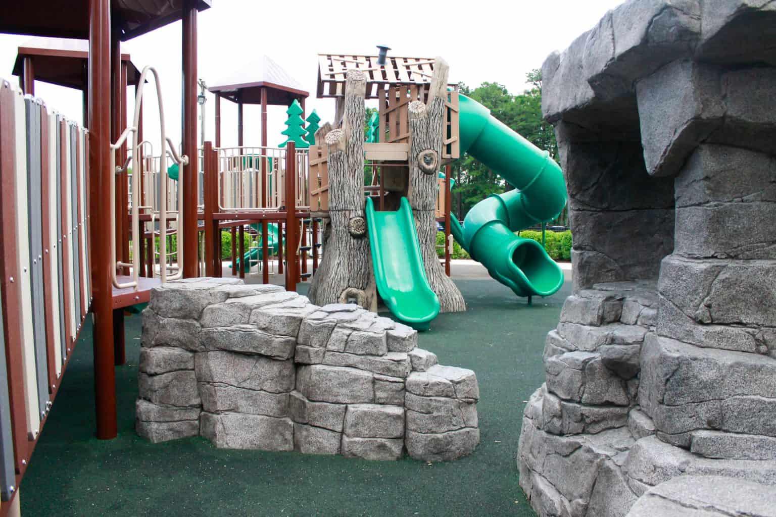 windward-beach-park-playground-brick-nj_27651421273_o-1536x1024