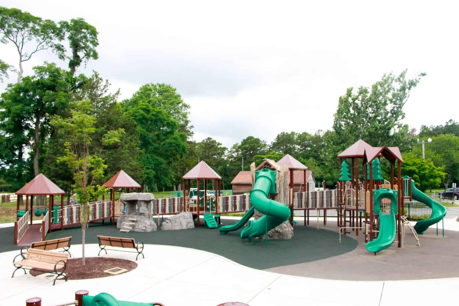 windward-beach-park-playground-brick-nj_27651422643_o-1-1536x1024