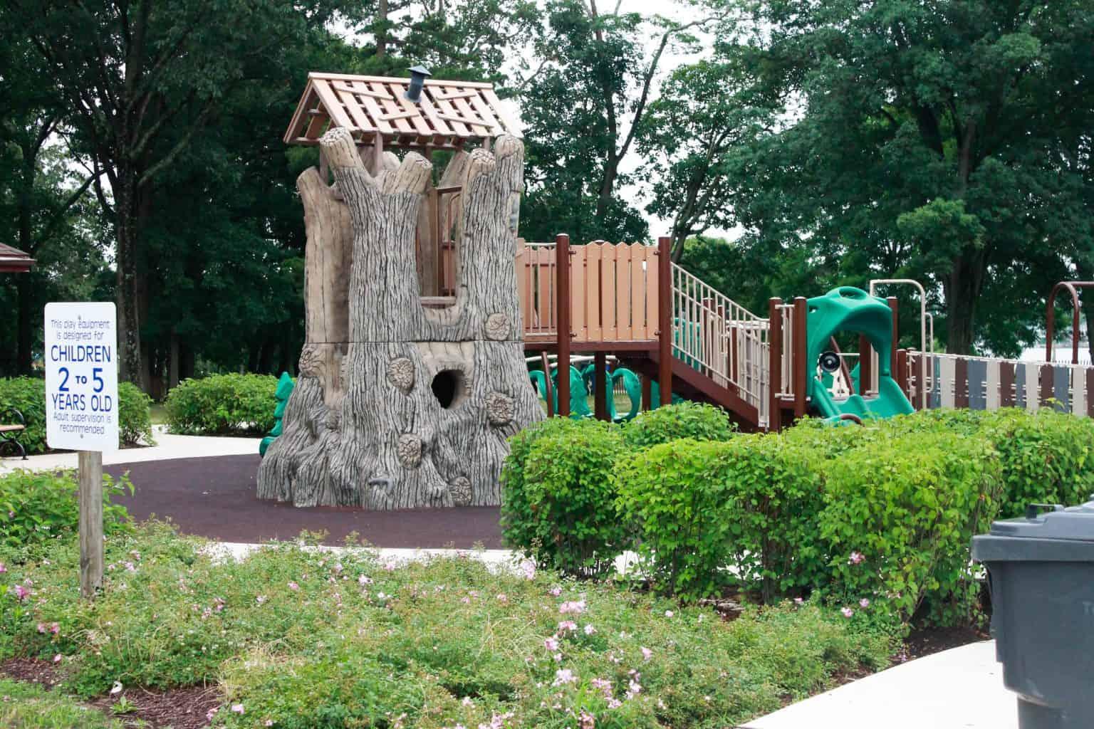 windward-beach-park-playground-brick-nj_27651422773_o-1536x1024