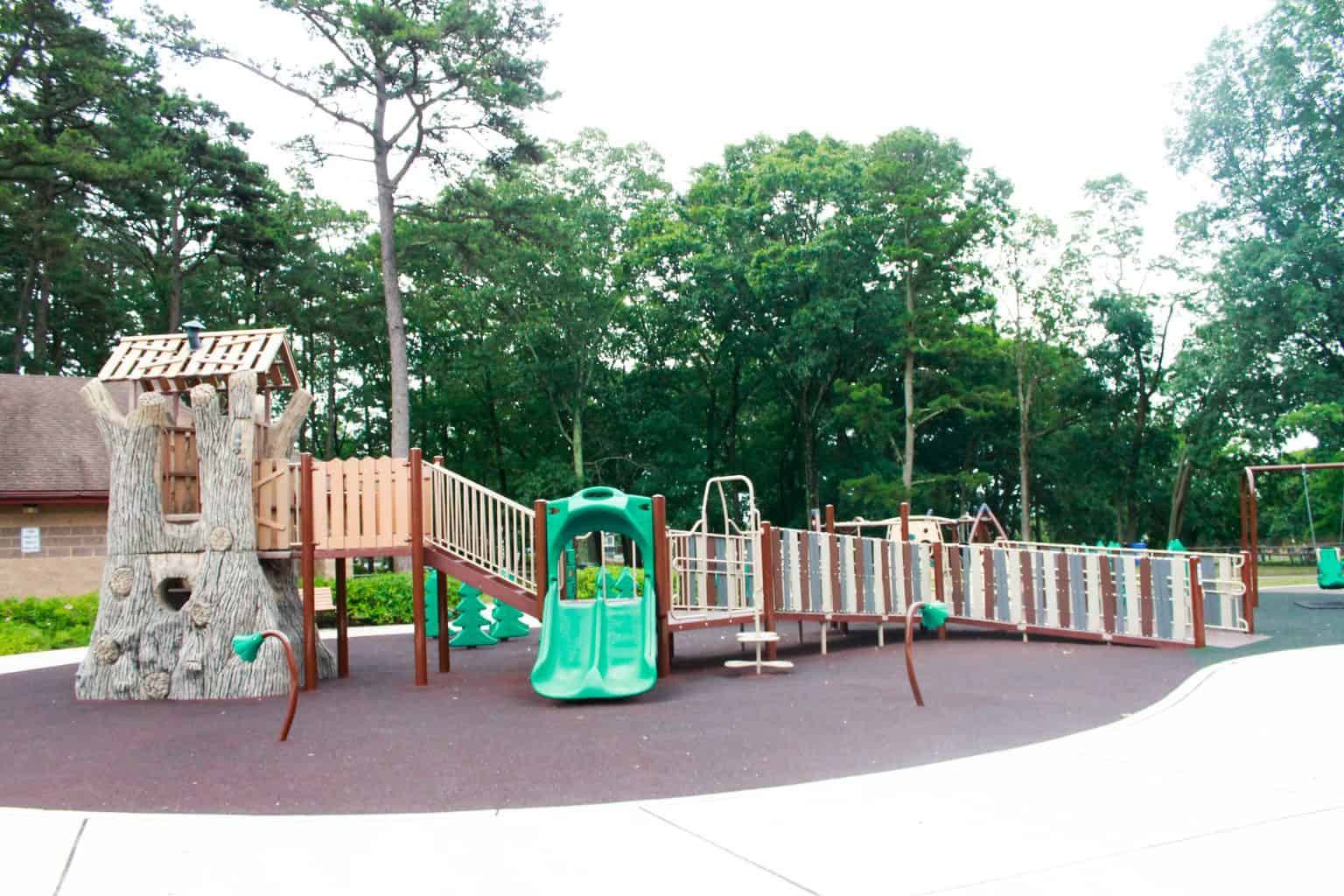windward-beach-park-playground-brick-nj_28232624266_o-1-1536x1024