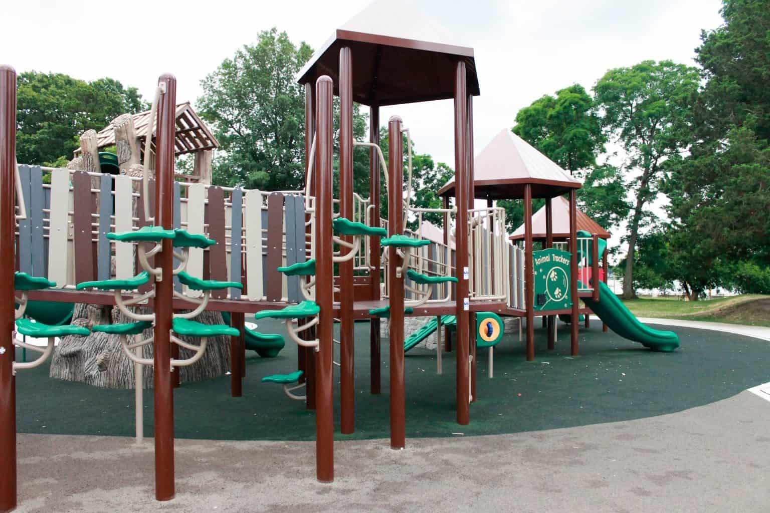 windward-beach-park-playground-brick-nj_28266703805_o-1536x1024