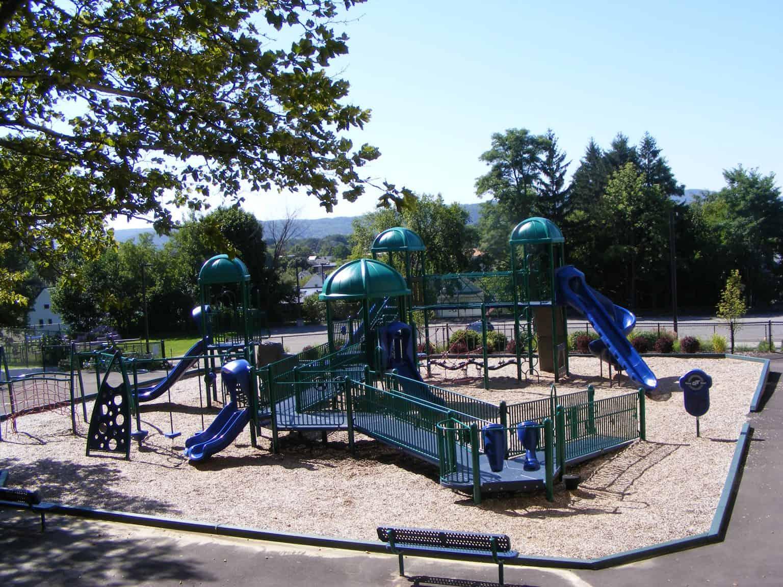 woodrow-wilson-elementary-playground-binghamton-ny_11711836145_o-1536x1152