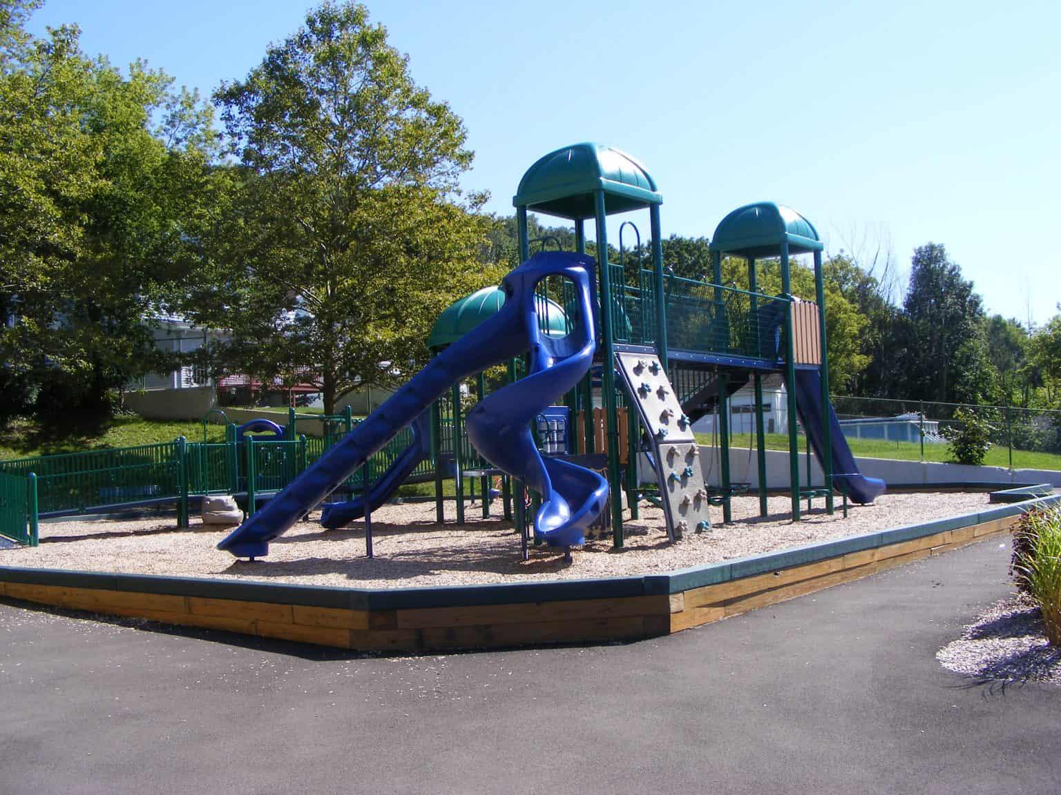 woodrow-wilson-elementary-playground-binghamton-ny_11712082283_o-1536x1152